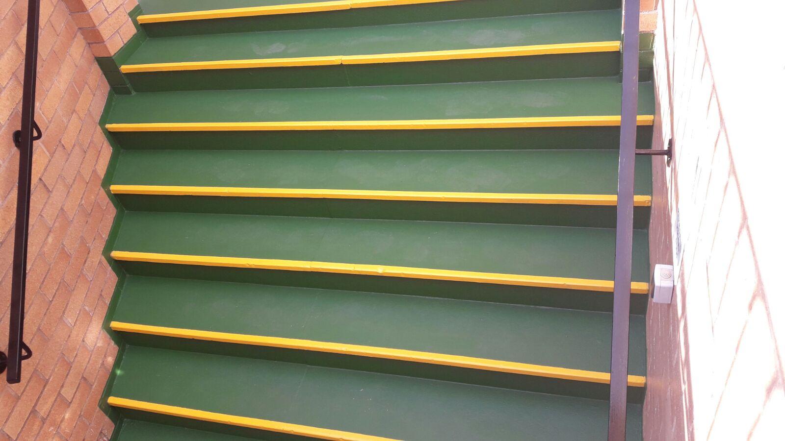 Mantenimientos de pintura puertas y rejas perimetrales - Pintura para rejas ...